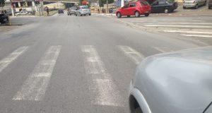 Rua Américo Salvador Noveli faixa de pedestre